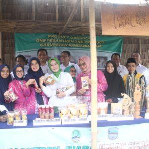 Sarling ke Pasar Rakyat Pananjung Pangandaran
