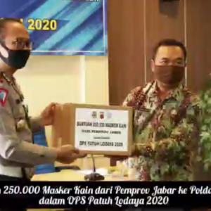 Penyerahan bantuan Masker kain dari Pemerintah Provinsi Jawa Barat